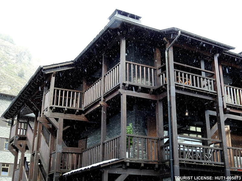Apartment - 10 m from the slopes, holiday rental in Incles