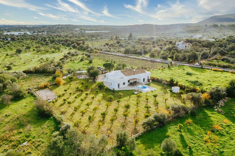Belle villa 5 ch, en location près de Moncarapacho et de Fuseta en Algarve, location de vacances à Moncarapacho