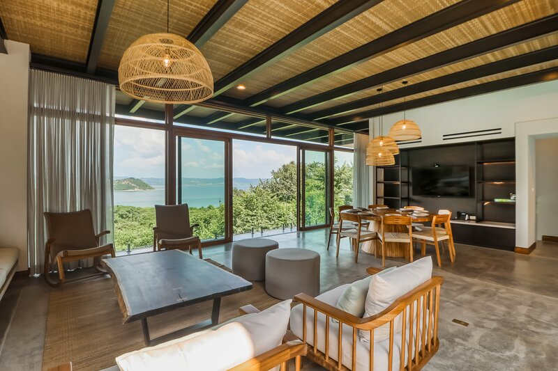Incredible home & casita w/ a private pool, free WiFi, breathtaking ocean views, vakantiewoning in Area de Conservacion Guanacaste