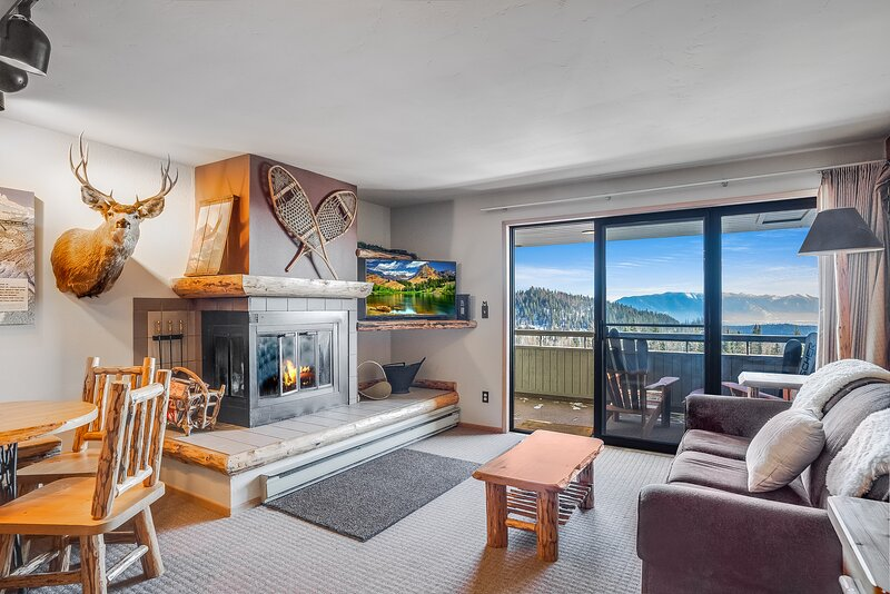 Spectacular views an ski access from this cozy Edelweiss one bedroom, holiday rental in Polebridge