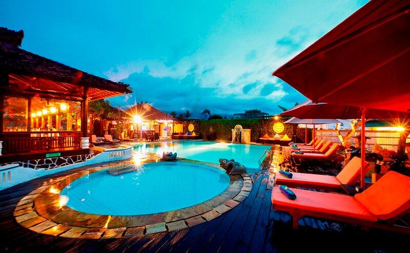 Bali Taman Lovina Resort & Spa - Suite, alquiler vacacional en Sambangan