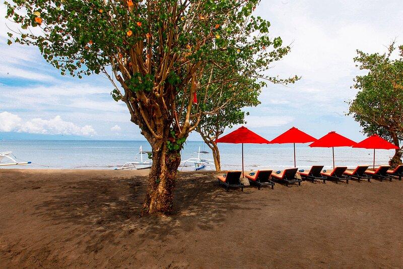 Bali Taman Lovina Resort & Spa - 2-BDR Family Suite, alquiler vacacional en Sambangan