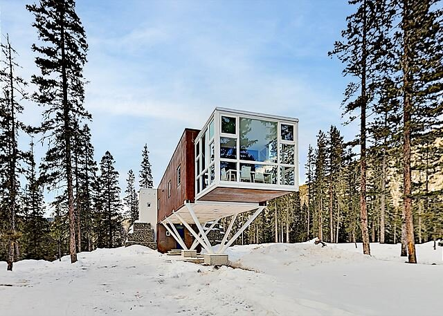 Ultra-Modern Home | Sunroom with Big Views | Walk to Kachina Lift – semesterbostad i Taos Ski Valley