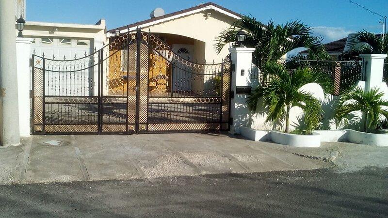 Beautiful Williams Place Trelawny Jamaica, holiday rental in Unity