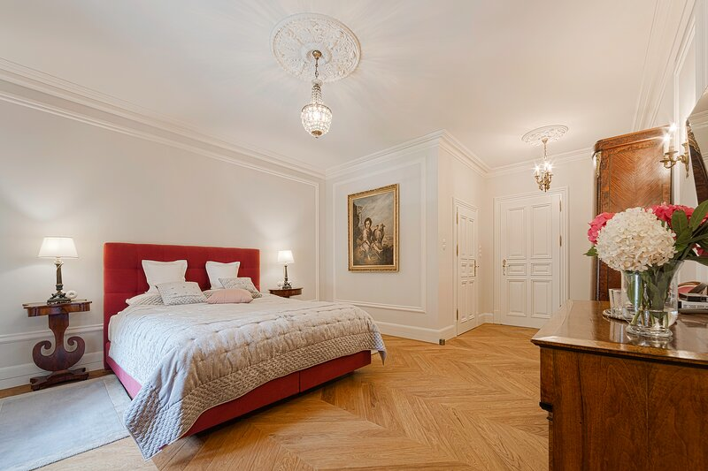 Manowce Palace - Suite with Garden View (Room 16), holiday rental in Wolin