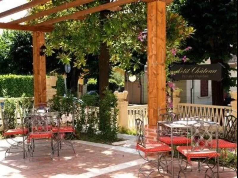 Charming Budget Double Room, Ferienwohnung in Montecatini Terme