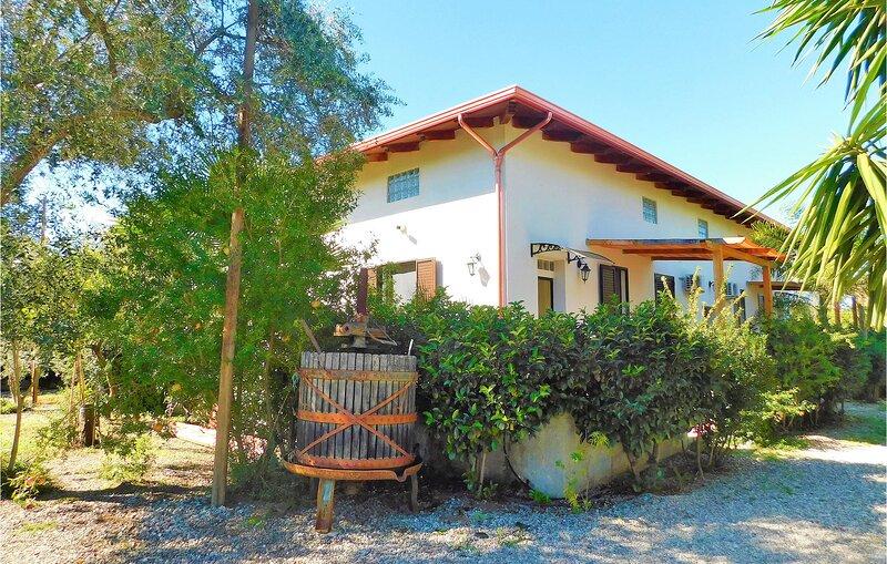 Eden Fra 2 (IKK536), vakantiewoning in Bagnara Calabra