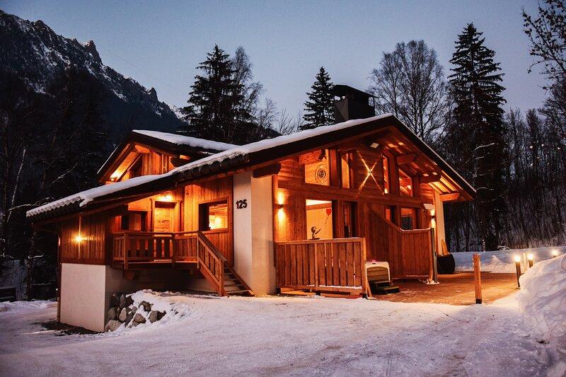 Chalet 888 Luxe - Spa & Sauna, location de vacances à Les Bossons