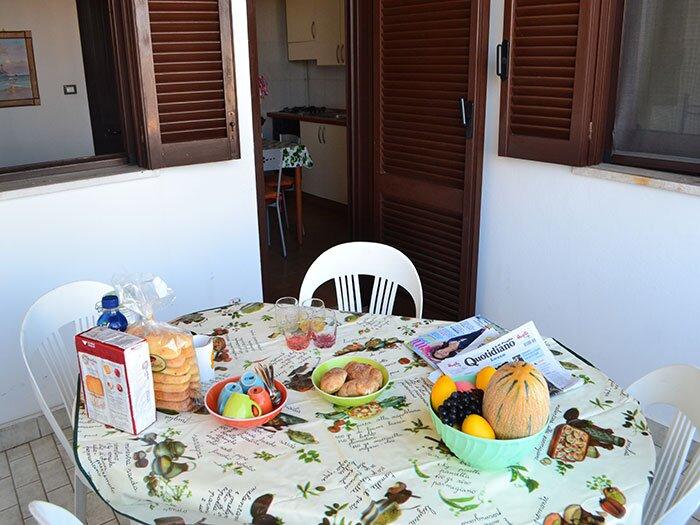 Casa vacanza con balcone e climatizzatore a Torre dell'Orso PT46, holiday rental in Roca Vecchia