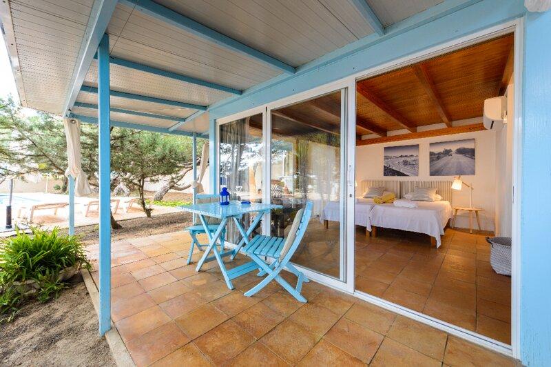 Habitación migjorn con terraza, holiday rental in El Pilar de la Mola