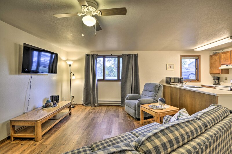 NEW! Charming Columbus Apt Along Yellowstone River, vacation rental in Joliet