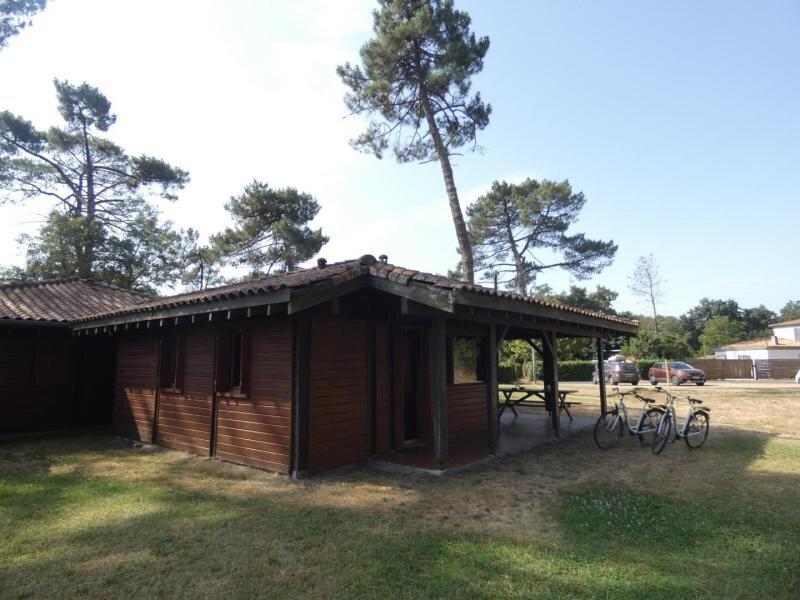 Location Gîte Pissos, 2 pièces, 4 personnes, holiday rental in Callen