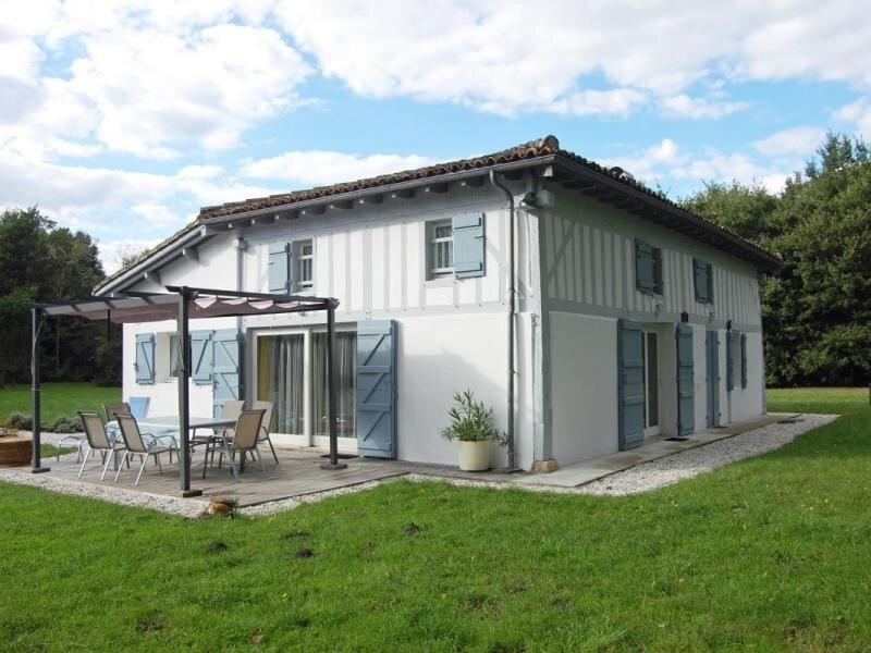 La Chêneraie, holiday rental in Callen