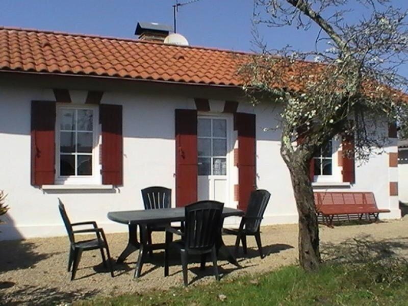 Location Gîte Morcenx, 3 pièces, 4 personnes, holiday rental in Rion-des-Landes