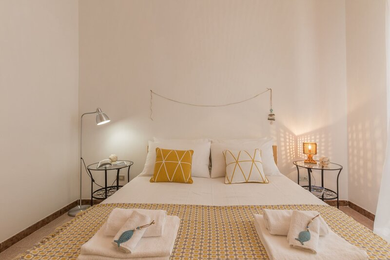 Casa Gaia DX | apt con balcone, wifi gratis, a/c, casa vacanza a Villaggio Boncore