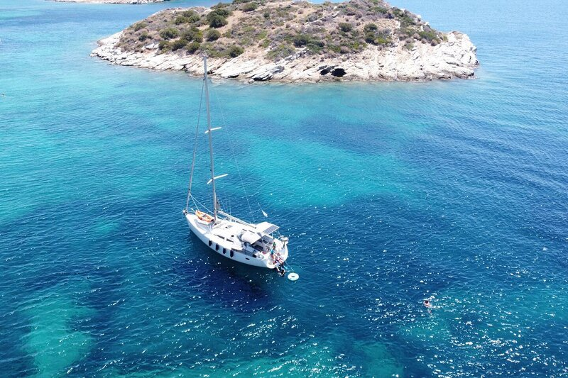Sailing Yacht by Owner, Holidays to Greek islands, holiday rental in Alimos