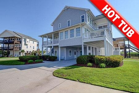 La Vita e Bella - 4BR House on Intra-Coastal Waterway in Sneads Ferry with Hot T, vacation rental in Sneads Ferry