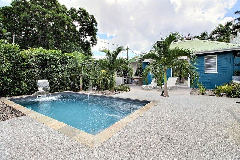 Lodge Jambiani : studio cadre idyllique, piscine à cascade et plage à pied, holiday rental in Bellefontaine