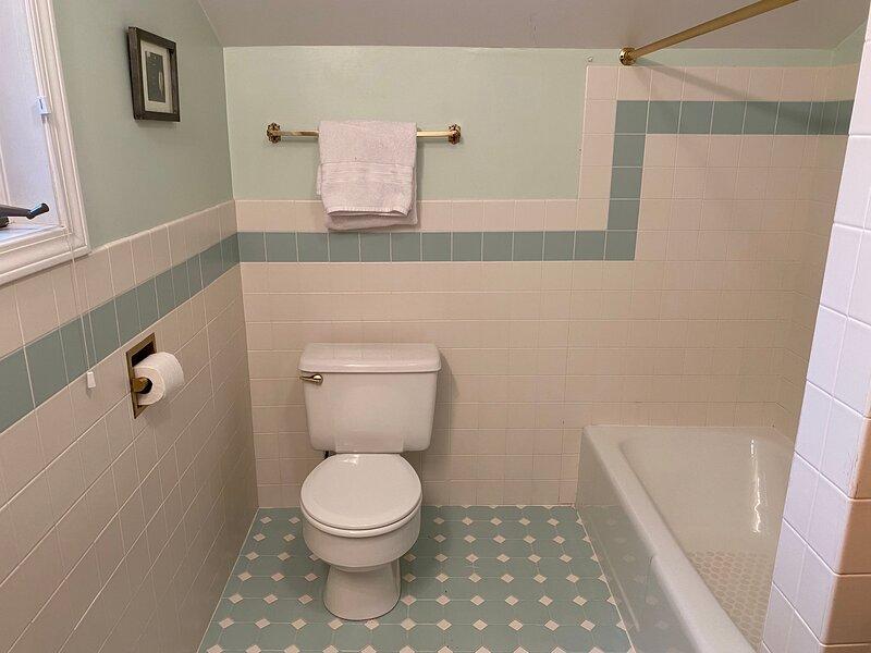 Full Bathroom on 2nd floor