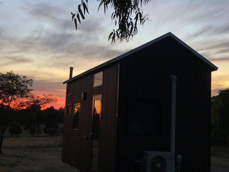 Merrijig Valley Tiny House, vacation rental in Mount Buller