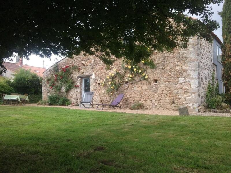 Les Prés Martin, holiday rental in Le Champ-Saint-Pere