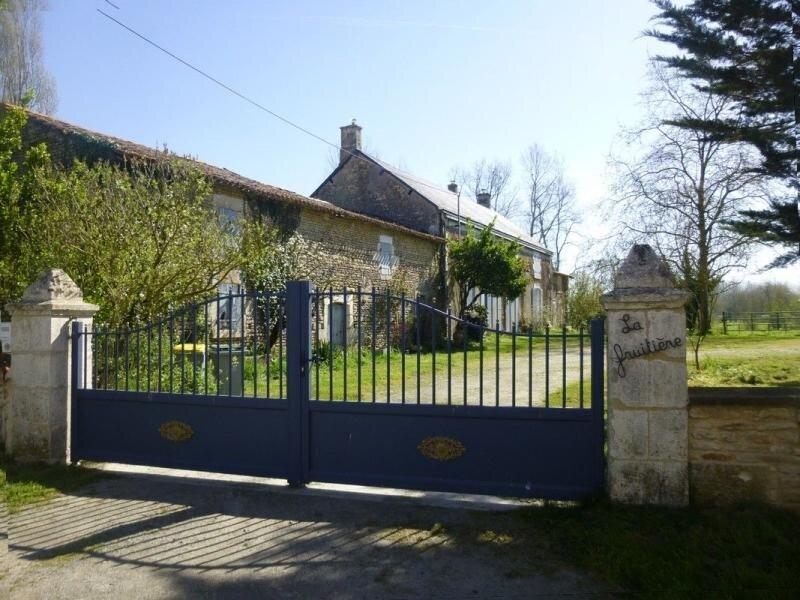 La Fruitière - Lilas – semesterbostad i Coulon