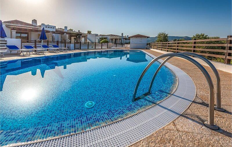 Villa 8 (IGG185), casa vacanza a Villanova Monteleone