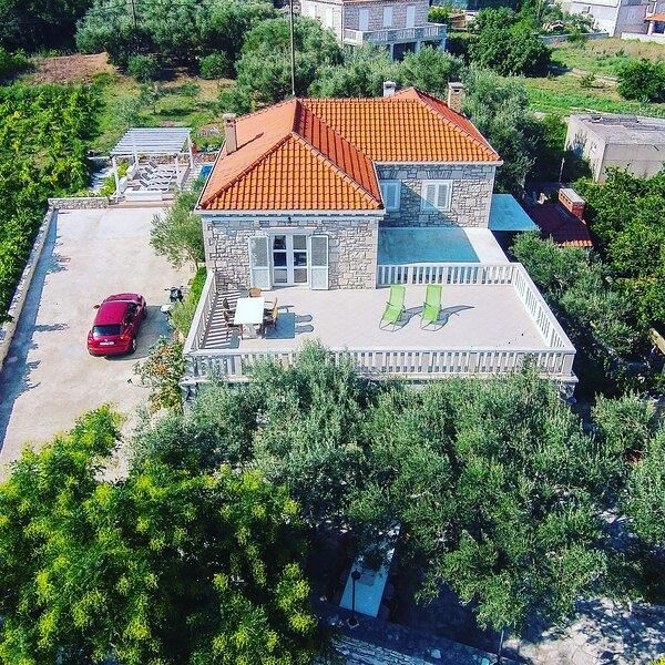 villa ella with pool, holiday rental in Korcula Island