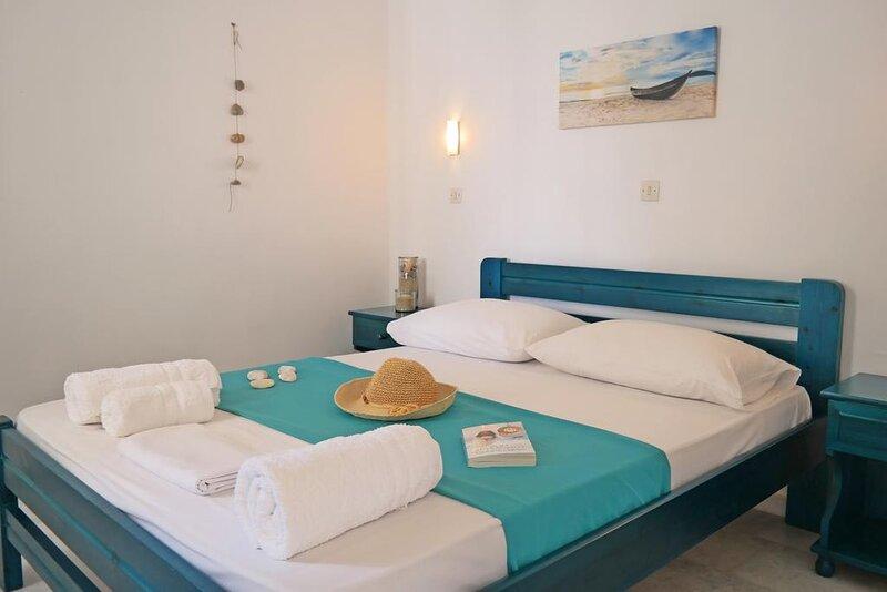 Naxos Sandy Beach - Seaside Cozy Double, holiday rental in Mikri Vigla