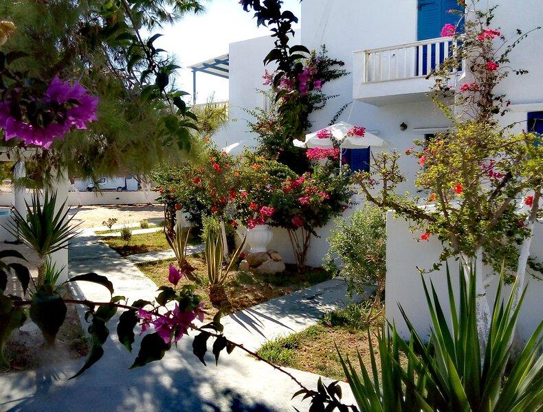 Naxos Sandy Beach - Seaside Terrace Nest, vacation rental in Mikri Vigla