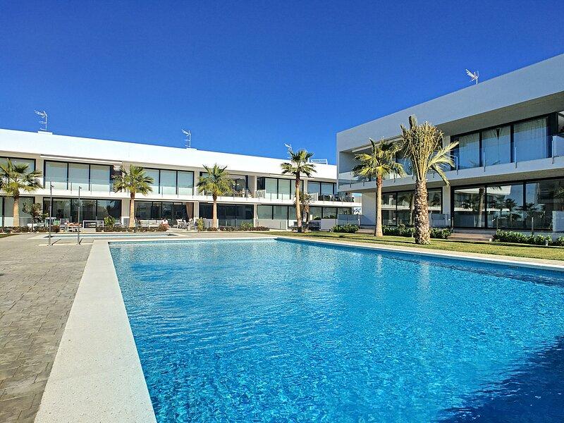 Antilia Terraces 2 Penthouse - 3209, aluguéis de temporada em Islas Menores