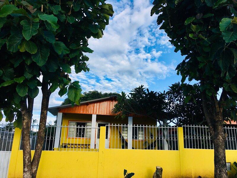 Casa das Margaridas - Aluguel por temporada, vacation rental in Alto Paraiso de Goias