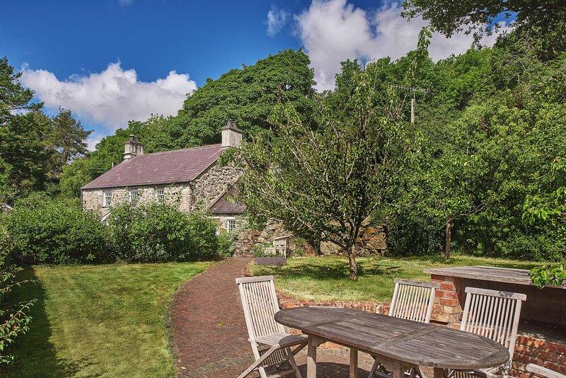 Orchard Cottage, holiday rental in Llandegfan