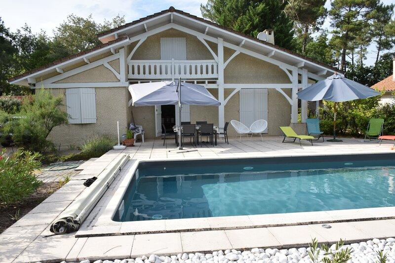 Maison proche bassin 3 chambres piscine, vacation rental in Lanton
