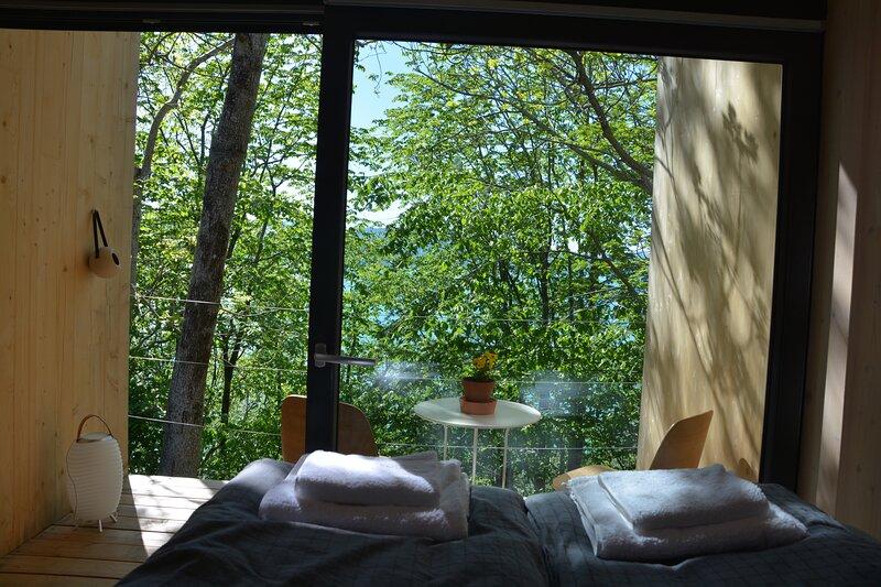 cabin in the treetops Hardanger Fjordtun, location de vacances à Granvin
