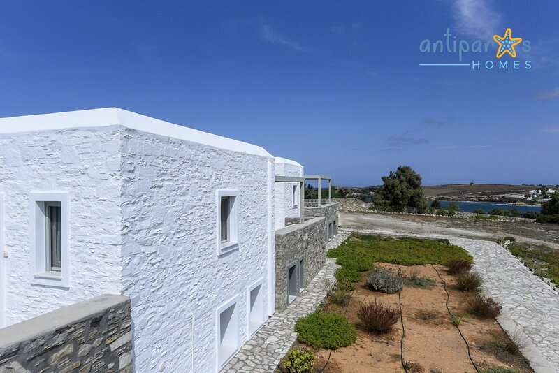 Antiparos Homes - Premium Villa for 6 persons, location de vacances à Pounta