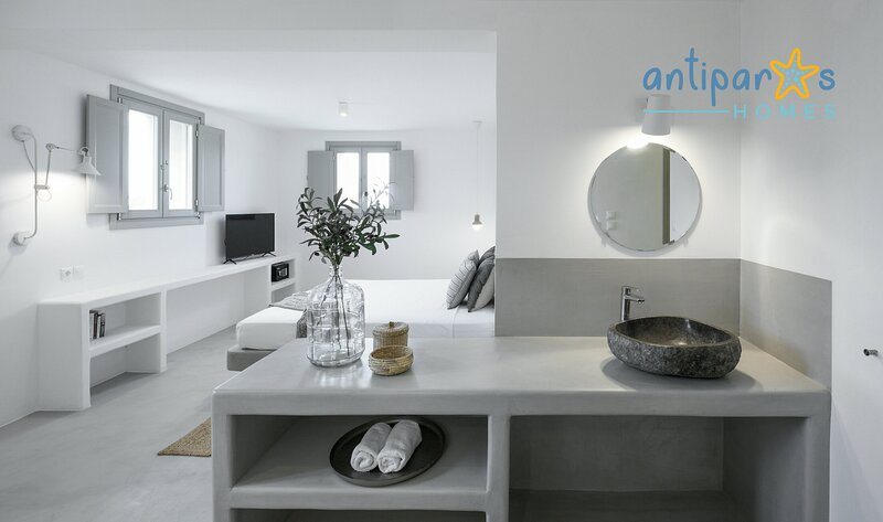 Antiparos Homes - Cycladic stonehouse villa, location de vacances à Pounta