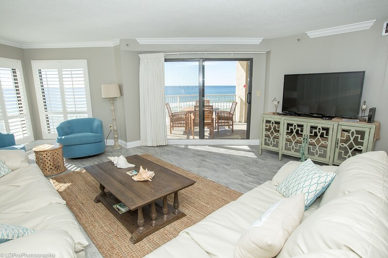 IR 408 is a 3 BR with an extra bunk room and is not only gulf front, aluguéis de temporada em Shalimar