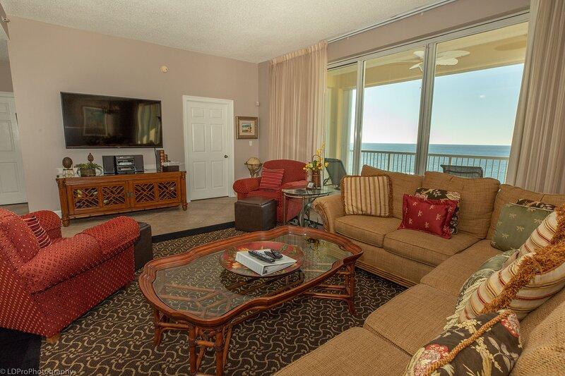Oceania 907 - Gulf Front 3 BR top floor - views are amazing! - sleeps 6, alquiler de vacaciones en Shalimar