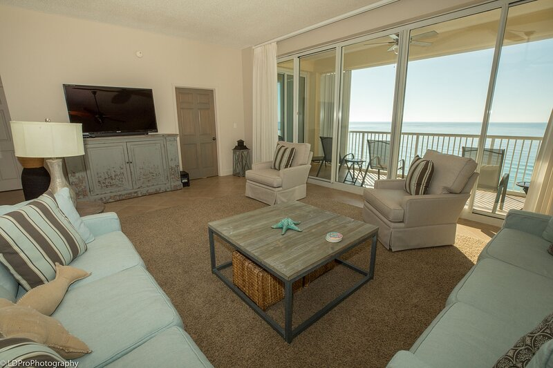 Oceania 906 - 3 BR with Penthouse views of the gulf - Sleeps 7, holiday rental in Shalimar