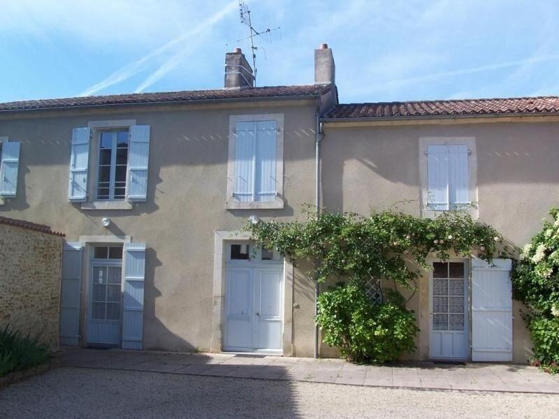 Les Terrasses, location de vacances à Saint-Jean-de-Beugné