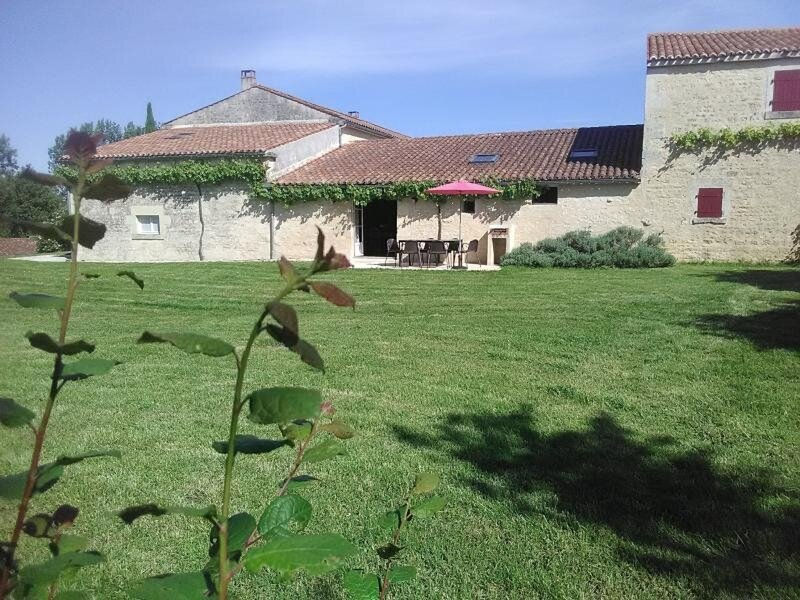 L'Etable, holiday rental in Maillezais