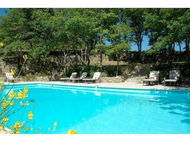 Lacoste Villa Sleeps 10 with Pool and WiFi - 5879978, holiday rental in Bonnieux en Provence