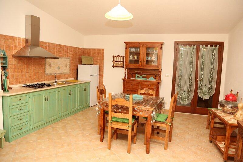 APPARTAMENTO AURORA Orosei Sardegna, vakantiewoning in Irgoli