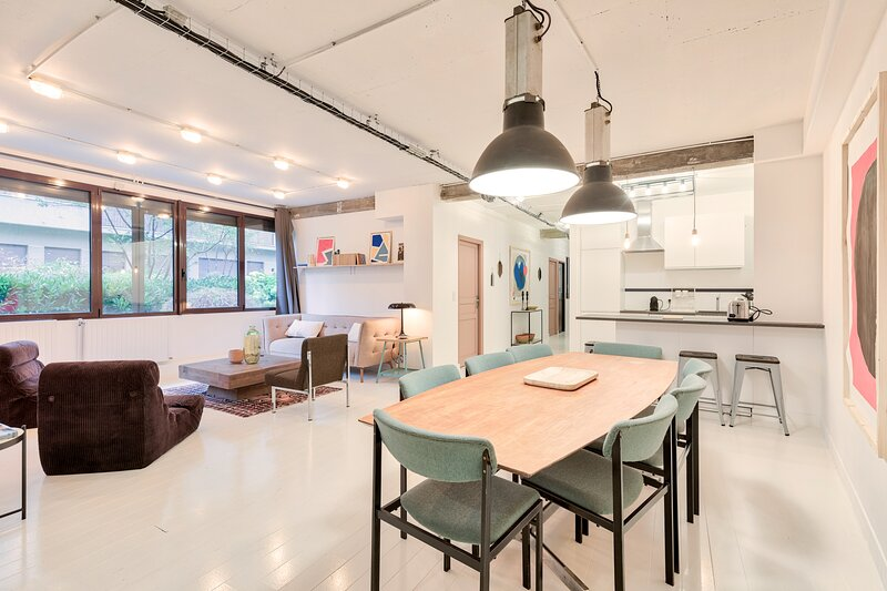 Artist & Design Loft - 8 Guests - 5min. from metro, holiday rental in Les Lilas