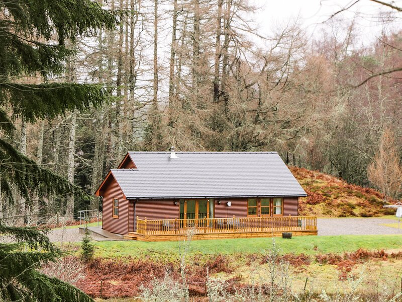 Fersit Log Cottage, Spean Bridge, holiday rental in Roybridge