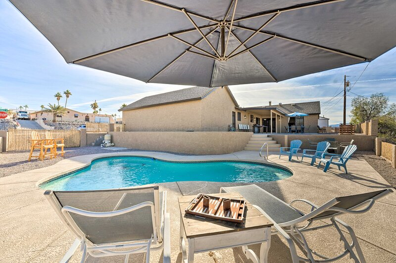 NEW! Livin' Large Havasu Home, Only 1 Mi to Lake!, holiday rental in Topock