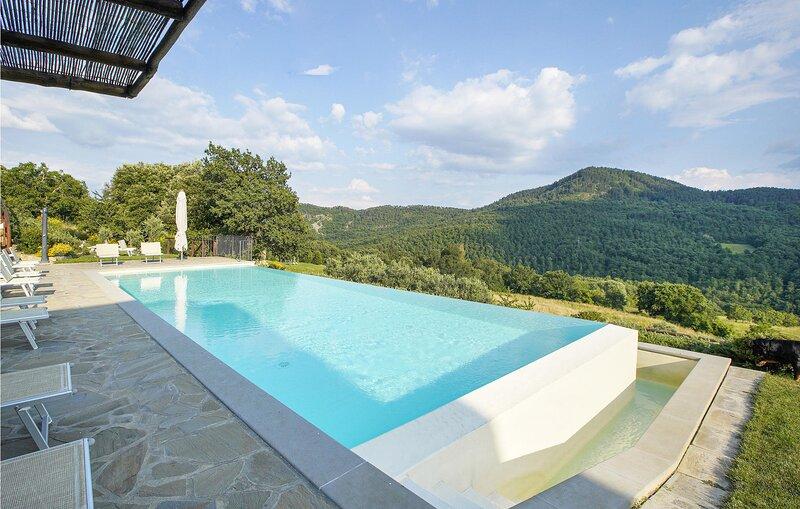Casale Valle di Sopra (ITA064), holiday rental in Chiaveretto