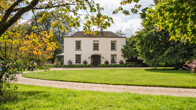 Kingscote Park House, Kingscote, Nr Tetbury - sleeps 18 guests  in 9 bedrooms, location de vacances à Hillesley