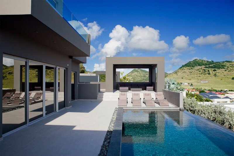 Villa Emvie | Ocean View - Located in Wonderful Mont Vernon III with Private P, holiday rental in Cul de Sac